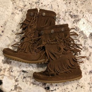 Minnetonka 3-Layer Fringe toddler